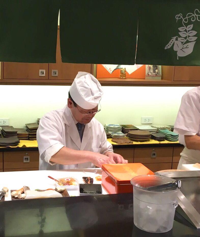 遠藤さんバンコク店オープン!!!バンコクおすすめお寿司 安くて美味しい!ラピスラズリーと像さんに願いを込めて♡_f0355367_02404951.jpg