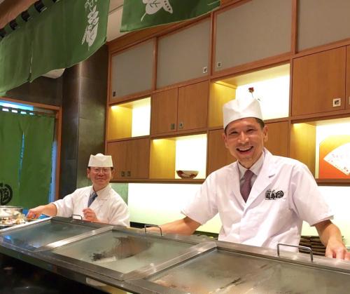 遠藤さんバンコク店オープン!!!バンコクおすすめお寿司 安くて美味しい!ラピスラズリーと像さんに願いを込めて♡_f0355367_02405063.jpg