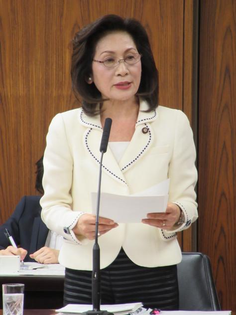 3/22 外交防衛委員会で質問しました。_f0150886_15263031.jpg