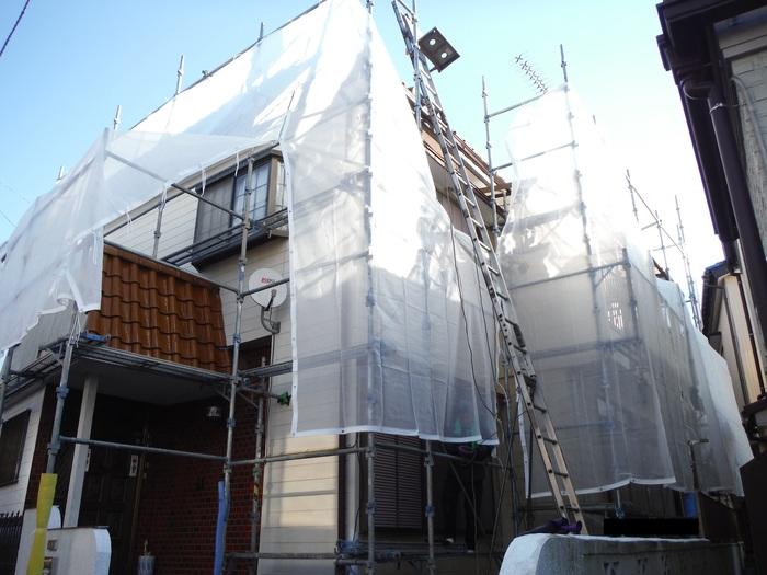 屋根葺き直し、雨樋取替、外壁塗替え ~ パラペット瓦。_d0165368_791961.jpg