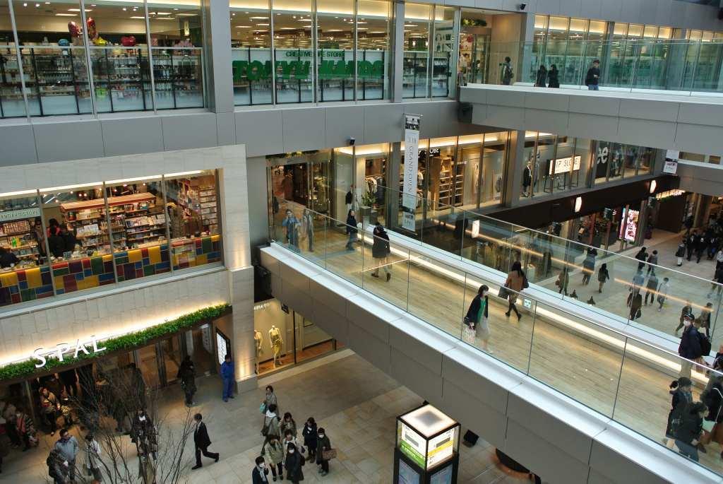 仙台駅に大型ショッピング街がオープン_a0148206_19542137.jpg