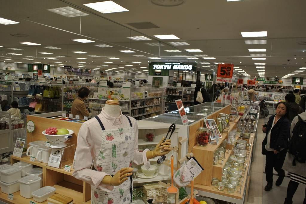 仙台駅に大型ショッピング街がオープン_a0148206_20124741.jpg
