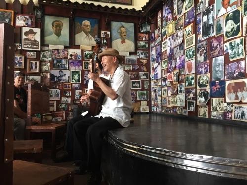 ボデギータの話 #34年 #老舗 #キューバ料理店 #ボデギータ #キューバ音楽 #下北沢 #生演奏 #モヒート #ピカディージョ #六本木_a0103940_02112202.jpg