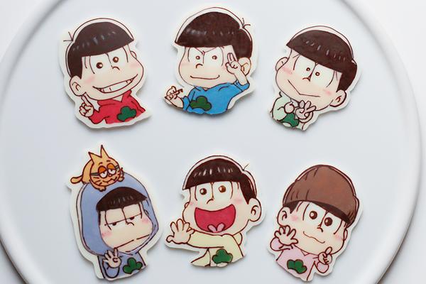 おそ松さんカップケーキ_f0149855_1602397.jpg