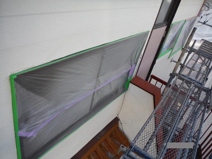 屋根葺き直し、雨樋取替、外壁塗替え ~塗装開始。_d0165368_429414.jpg