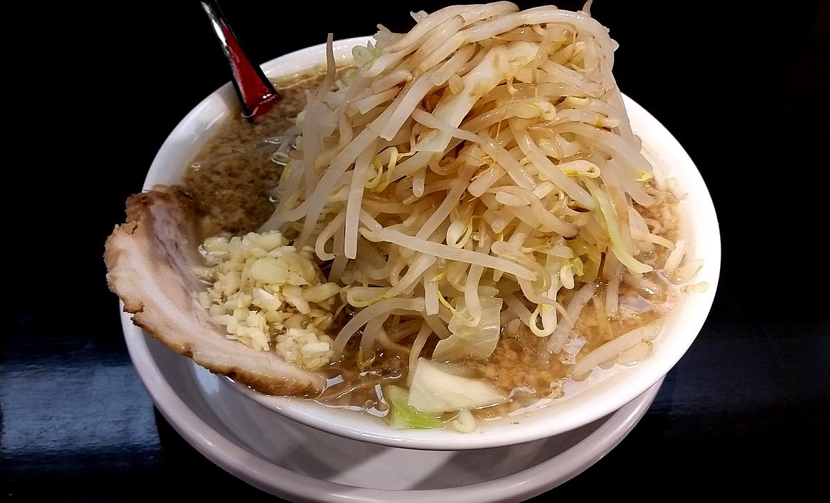 麺家徳 ラーメン 野菜大盛り : ...