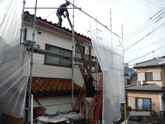 屋根葺き直し、雨樋取替、外壁塗替え ~上塗り 。_d0165368_9122285.jpg