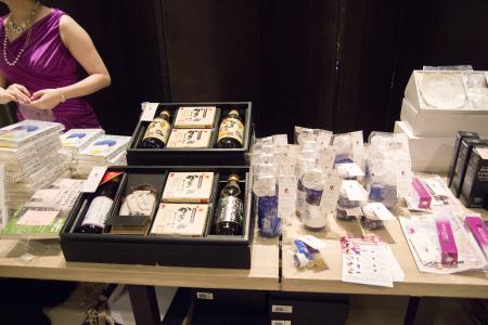 南青山店   第5回 「onelove」 @ Tokyo_a0149478_16223527.jpg