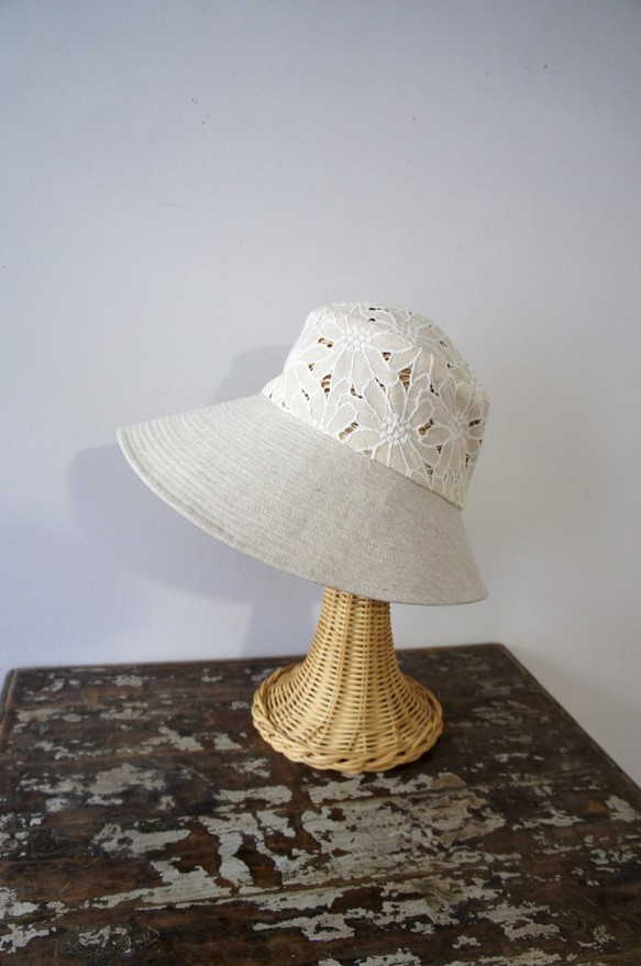 New white Hats♡_b0195783_9502681.jpg