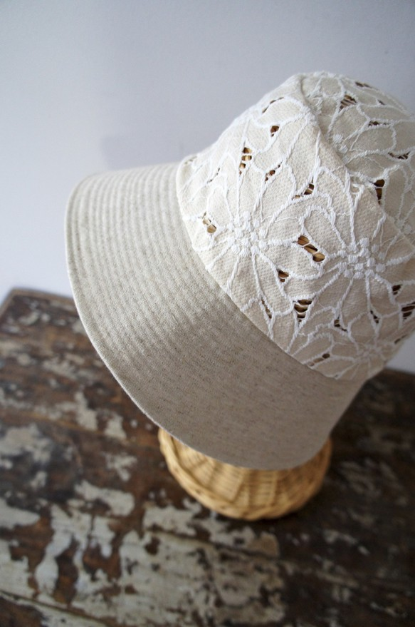 New white Hats♡_b0195783_9502720.jpg