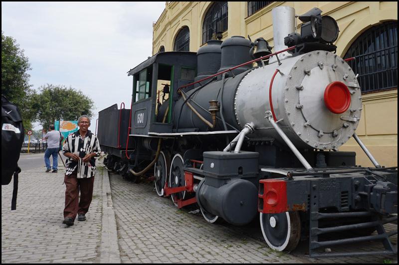 ハバナの保存機関車  キューバ最新情報16_b0019313_13403514.jpg