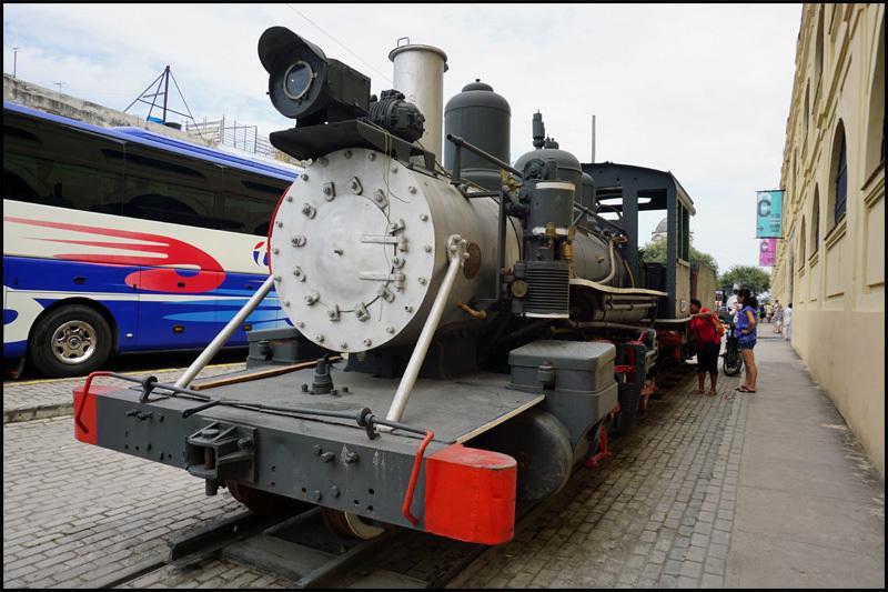 ハバナの保存機関車  キューバ最新情報16_b0019313_13412387.jpg