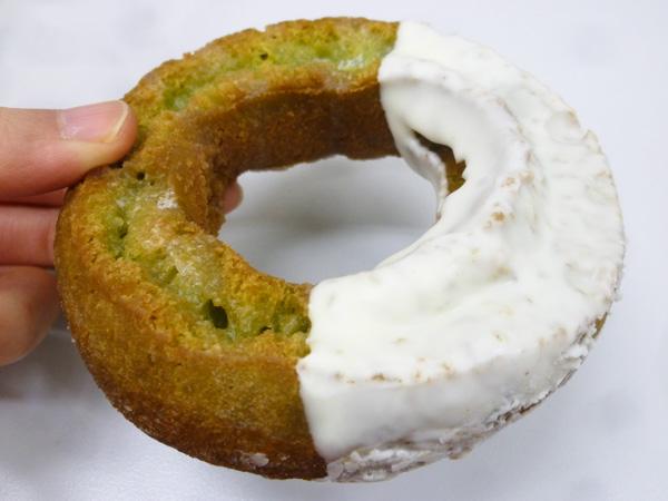 【菓子パン】DONUTS STATION オールドファッションドーナツ抹茶@ヤマザキ_c0152767_19191851.jpg