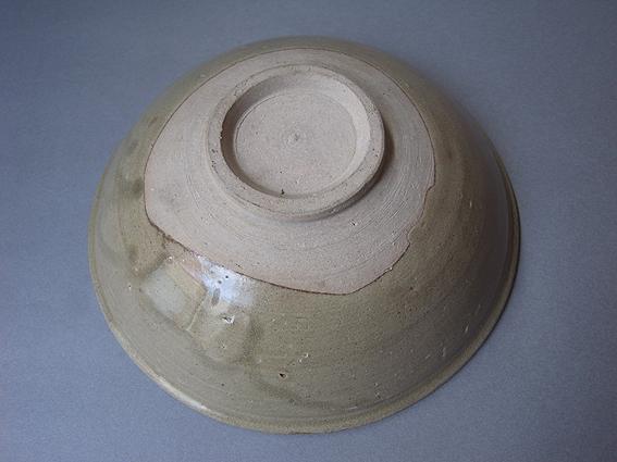 ベトナムの鉢_e0111789_1418313.jpg