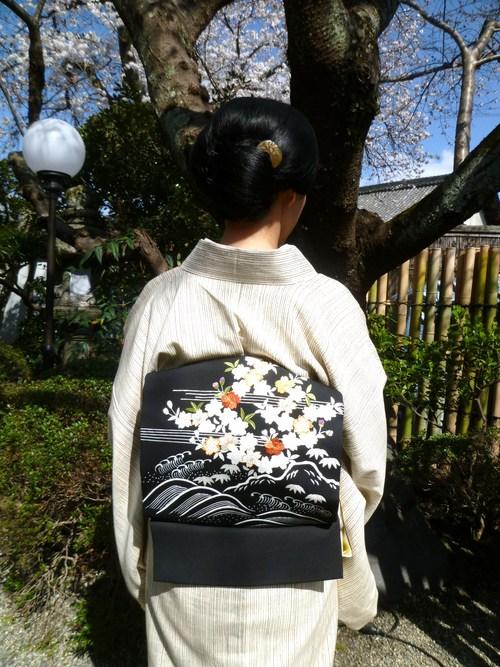 上七軒北野をどり・素敵な桜の帯のお客様。_f0181251_1746367.jpg