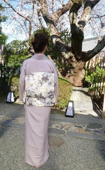 上七軒北野をどり・素敵な桜の帯のお客様。_f0181251_17523280.jpg