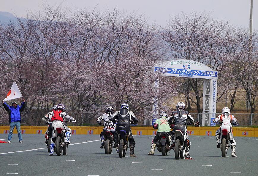 モタサン開幕戦☆レポート_f0178858_20523133.jpg