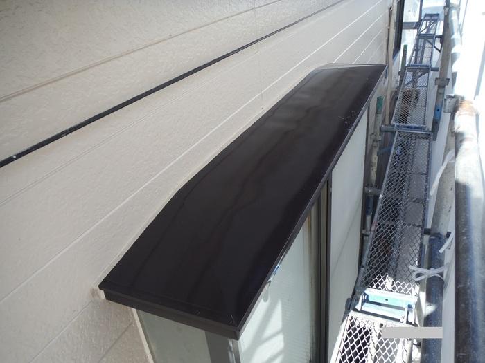 屋根葺き直し、雨樋取替、外壁塗替え ~ 細かい塗り替え。_d0165368_4114437.jpg