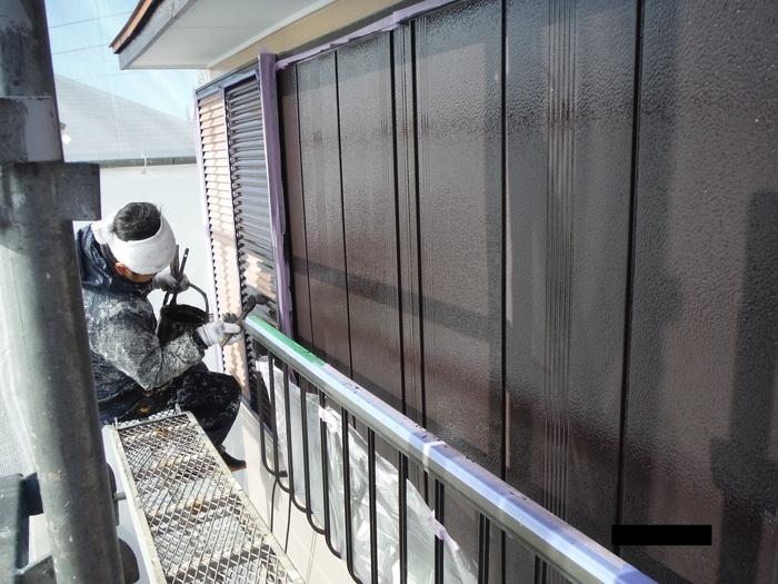 屋根葺き直し、雨樋取替、外壁塗替え ~ 細かい塗り替え。_d0165368_4152416.jpg