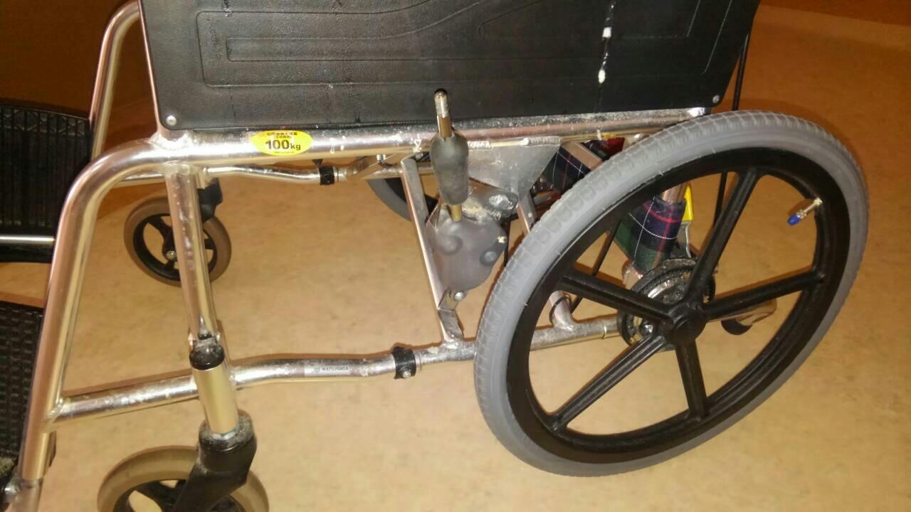 車いす修理 ブレーキ調整_a0216771_15482957.jpg