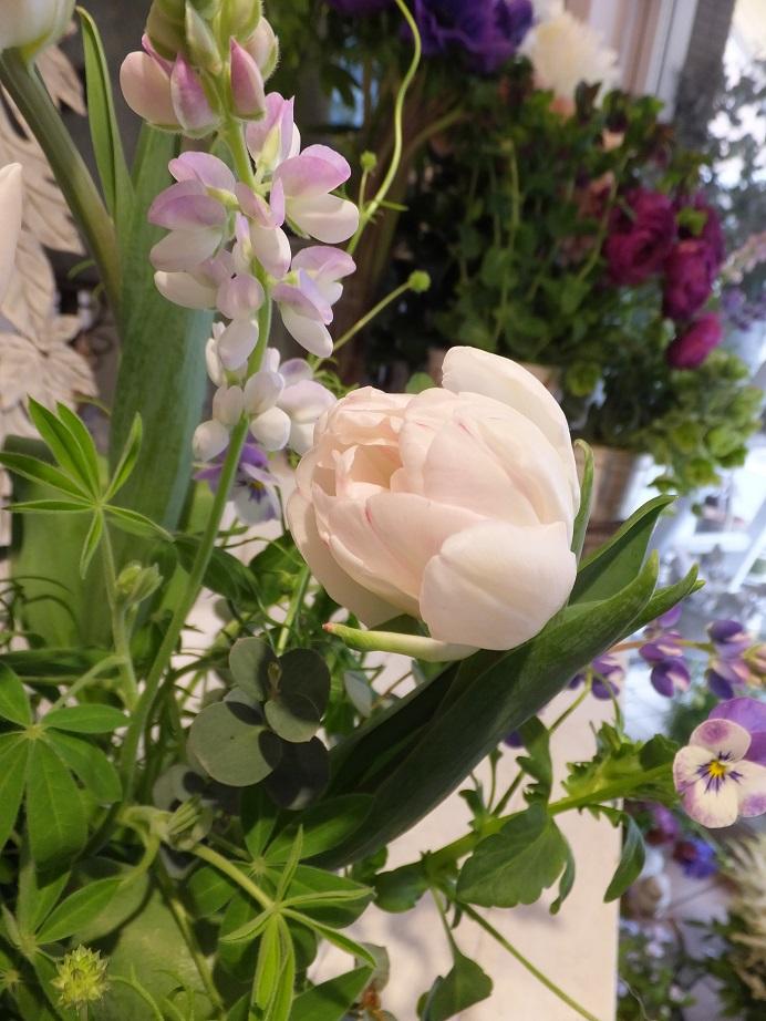 オークリーフ花の教室(山田さんの作品)_f0049672_18561636.jpg