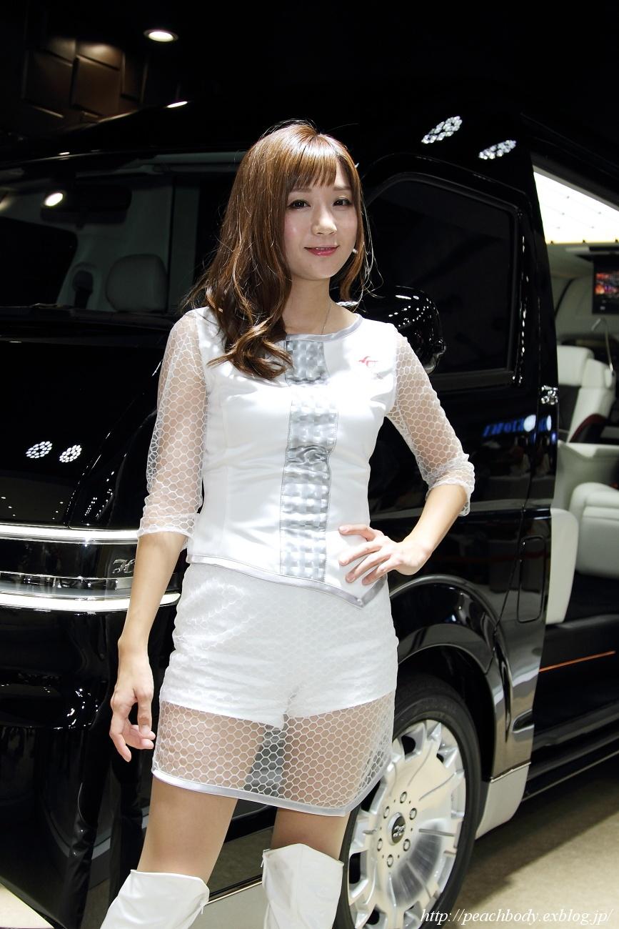 兎澤香 さん(トヨタ車体株式会社 ブース) その2_c0215885_2301086.jpg