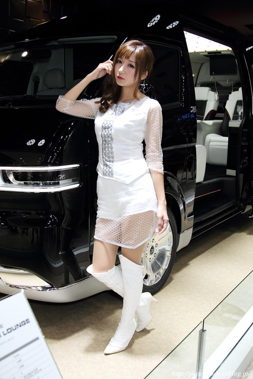 兎澤香 さん(トヨタ車体株式会社 ブース) その2_c0215885_2302550.jpg