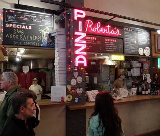 NYのフードコート、アーバンスペース・ヴァンダービルトで食べられるミシュラン掲載店のピザ Roberta\'s_b0007805_3434267.jpg