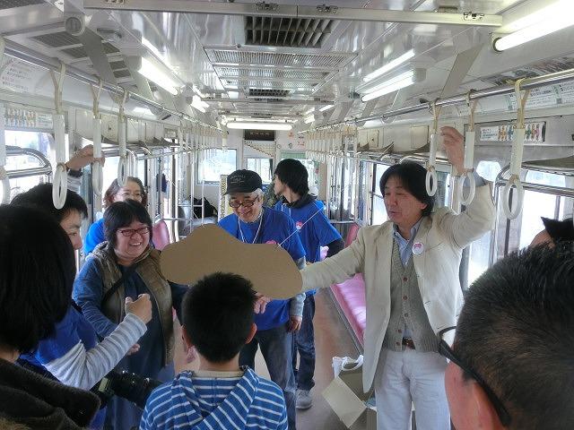 岳鉄に「夢をのせて」 アートステーション・イン・岳電_f0141310_7503033.jpg