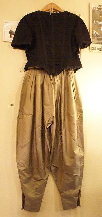 CHANEL Jacket: Kenzo pants_f0144612_13223060.jpg