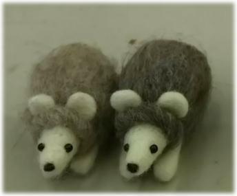 ほのぼの羊毛3月⑤_d0142770_16044516.jpg