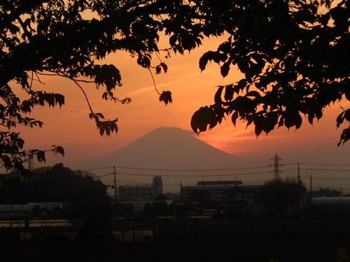 朝の富士...夕暮れのダイヤモンド富士_b0137932_19222749.jpg