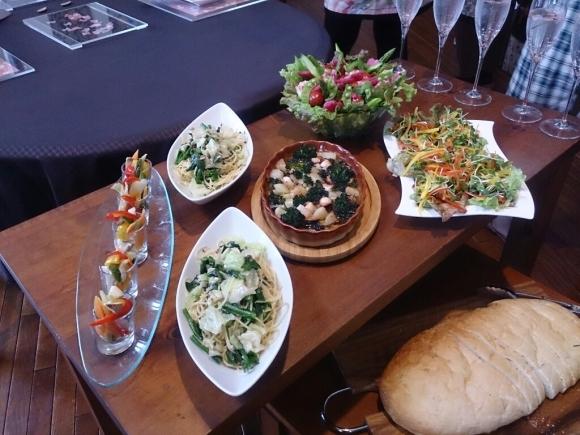 アンチョビと春野菜のパスタ_f0323446_23284042.jpg