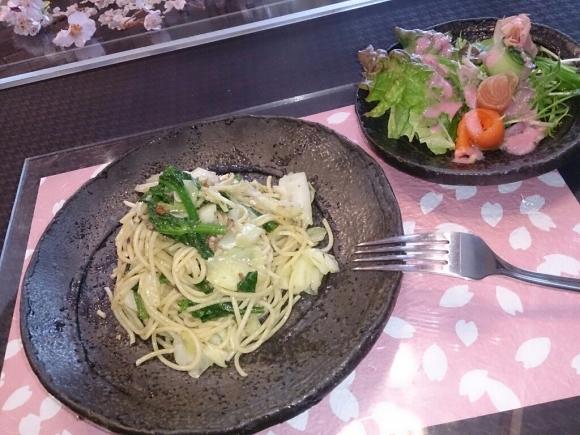 アンチョビと春野菜のパスタ_f0323446_23284476.jpg