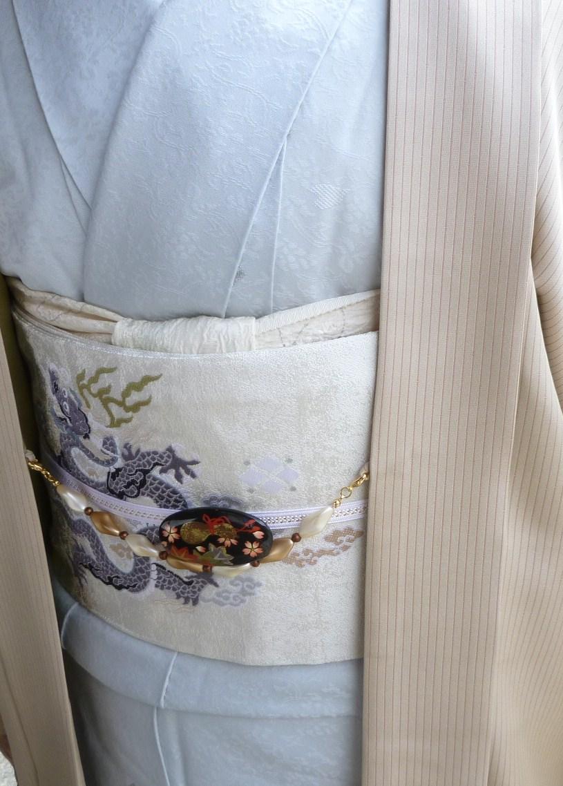 北野をどり・野村エミさん三眠蚕小紋に龍の帯。_f0181251_1622883.jpg
