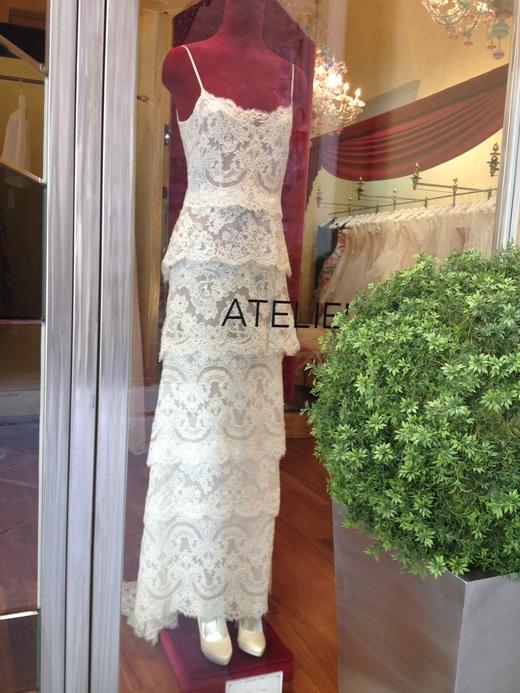 ウェディング・ドレスが街を飾るフィレンツェ_a0136671_23155235.jpg