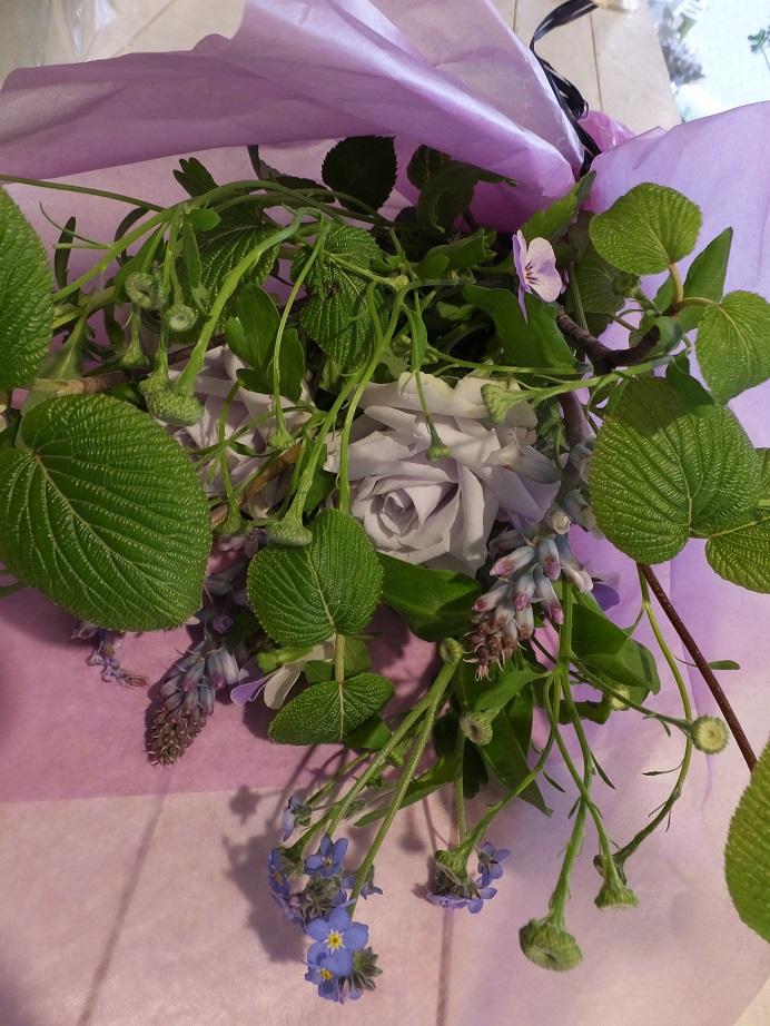 オークリーフ花の教室(落合さんの作品)_f0049672_18344074.jpg