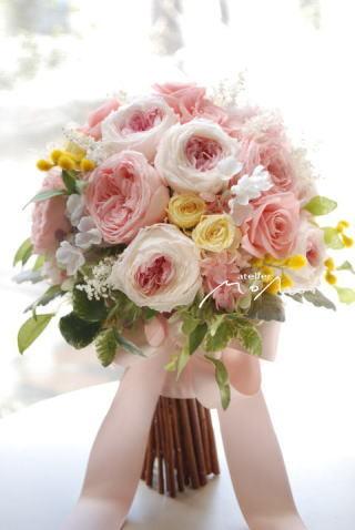 淡いピンクのクラッチブーケ!_a0136507_10191340.jpg