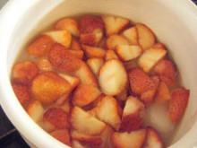 苺シロップと幸せジャム_a0348473_12420912.jpg