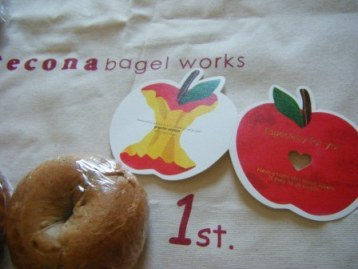 tecona*bagelworks ありがた便_a0348473_12581715.jpg