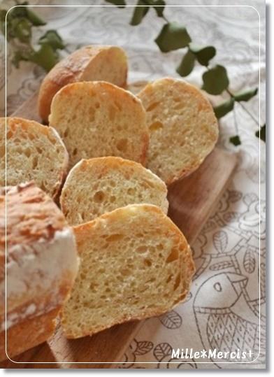 【ロティ・オラン】ヨーグルト種で作った食パン_a0348473_13530241.jpg