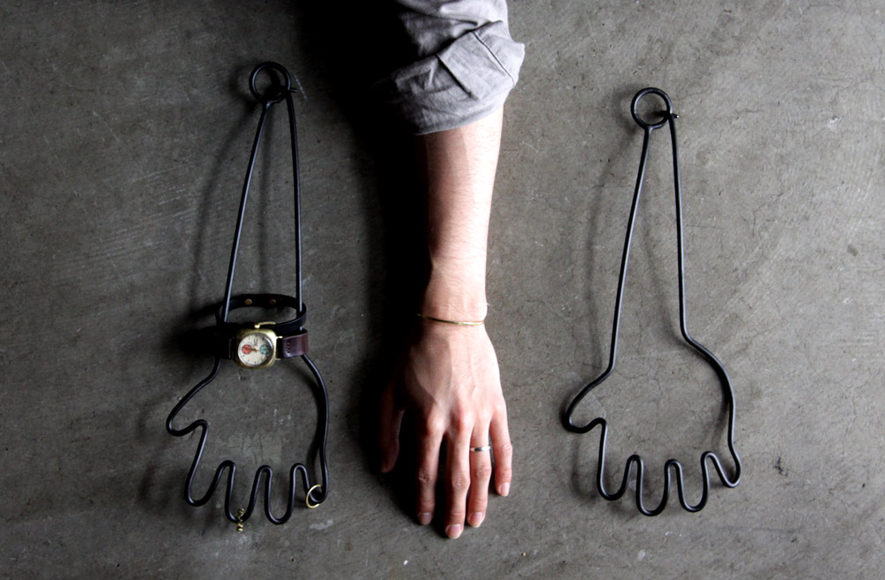 hand hanger._e0228408_16515651.jpg