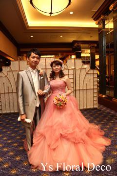 ピンク色のドレスに クラッチブーケと花冠_b0113510_20205135.jpg