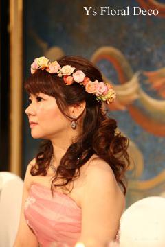 ピンク色のドレスに クラッチブーケと花冠_b0113510_20210230.jpg