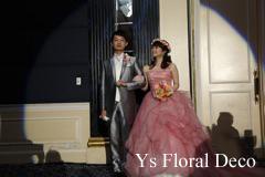 ピンク色のドレスに クラッチブーケと花冠_b0113510_20210941.jpg