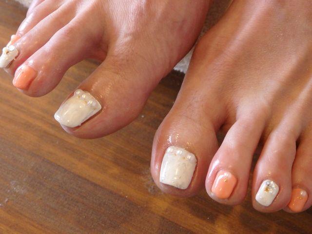 White Foot Nail_a0239065_11443218.jpg