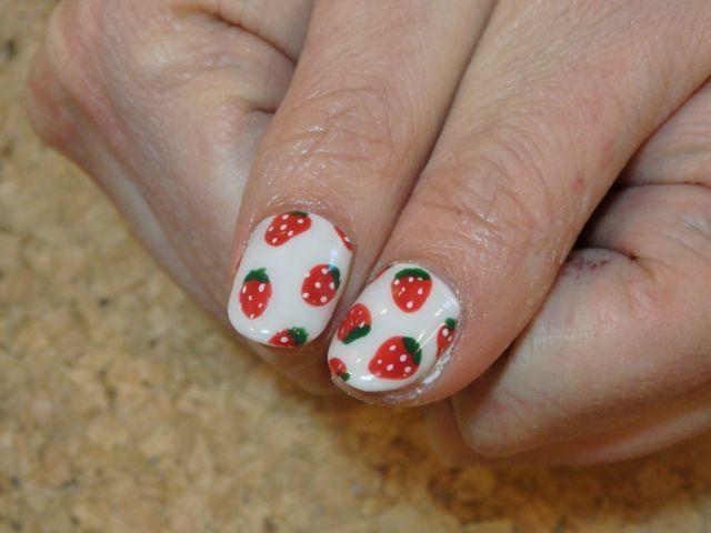 Storberry Nail_a0239065_13562502.jpg