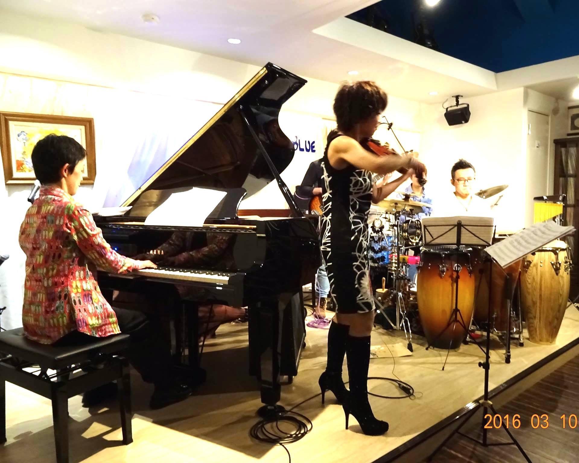Latin Jazz Night@町田into the Blue_b0131865_16581657.jpg