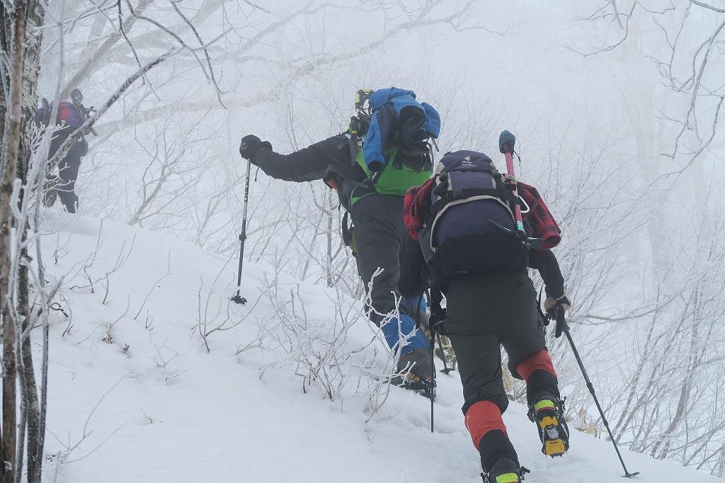 北尾根から風不死岳、4月2日_f0138096_2215330.jpg