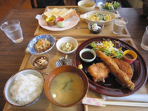 ギャラリーカフェ 茶居 chai & 桜 @あきる野_b0157216_18511962.jpg